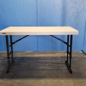 Picture of 4ft Banquet Table at 2nd height option