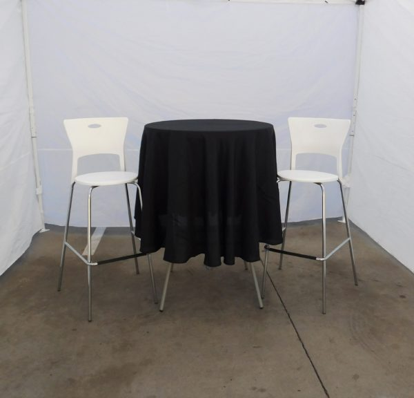 Picture of Cocktail Table with Linen