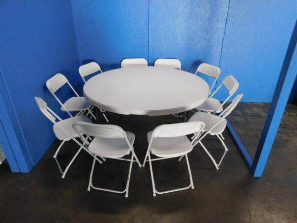 """Picture of 10 Chairs at 60"""" Round table"""